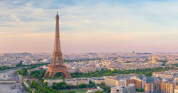 Salonul virtual al studiilor in Franta incepe joi. Elevii, studentii, parintii si profesorii pot participa gratuit