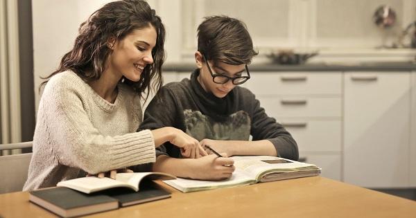 Cum ajuta filosofia la dezvoltarea adolescentilor