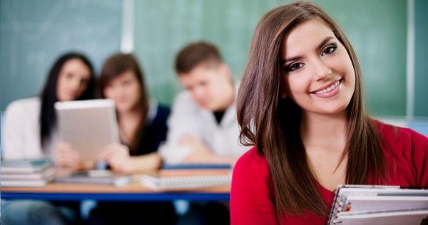 Evaluarea Nationala 2021 la clasa a VIII-a. Anisie anunta subiecte simplificate la Limba Romana. Ordinul de organizare si desfasurare a fost publicat