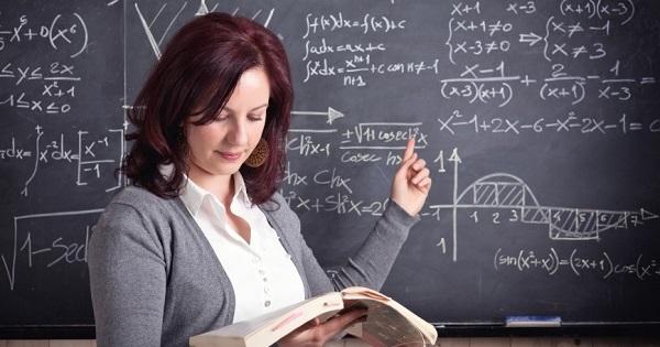 Creatori de educatie, in cadrul proiectului CRED - selectie de bune practici in invatamant, anuntata de MEC