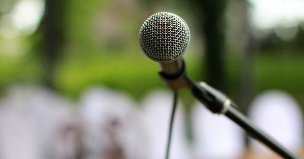 Presedintele Iohannis, discurs critic la deschiderea anului scolar: