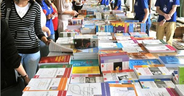 Legea Manualelor auxiliare a fost anuntata de Ministerul Educatiei