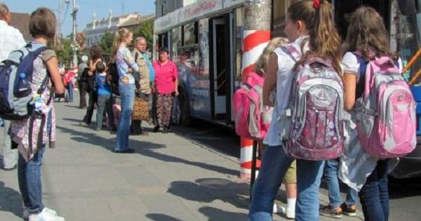 Decontare transport elevi. Noutati de la Ministerul Educatiei despre gratuitate