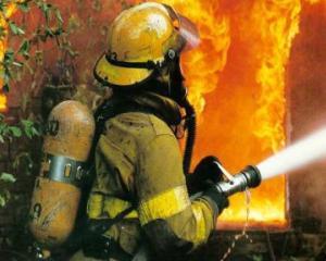 Se inchid scolile din cauza lipsei autorizatiei la incendiu? Mii de scoli in pericol in toata tara