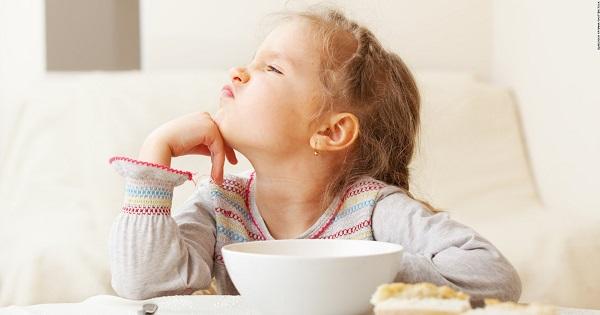 De ce copiii nu vor sa manance? Studii si explicatii despre apetitul celor mici