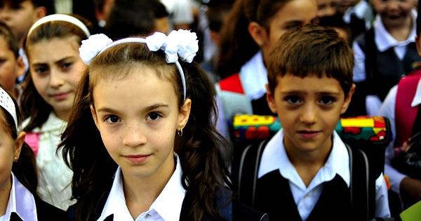 Ultima propunere pentru anul scolar 2021-2022: sa inceapa pe 6 SEPTEMBRIE