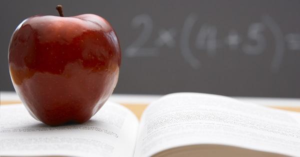 Fructe si legume la scoala. Ce alimente mai primesc elevii in anul scolar 2018-2019