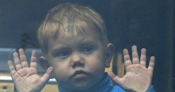 300 de copii cu autism vor beneficia de o platforma care sa ii ajute