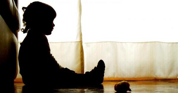 Doar 1 din 10 parinti spune ca nu si-ar lovi copilul niciodata. Cum afecteaza violenta procesul de invatare