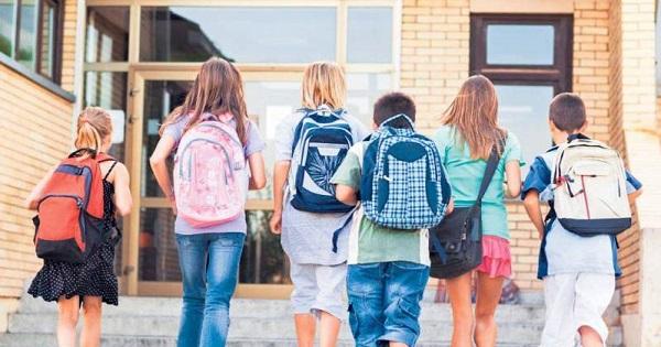 Structura an scolar 2020-2021. Scoala incepe pe 14 septembrie, vacanta intersemestriala revine. Calendarul, publicat in Monitorul Oficial