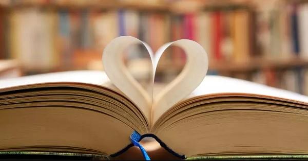 SURPRIZA pentru iubitorii de carte mari si mici