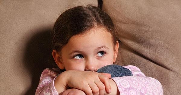 Lucrurile de care se tem copiii la scoala. Ce pot face parintii pentru a-i ajuta