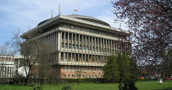 Universitatea Politehnica ofera pregatire gratuita pentru elevii de clasa a XII-a