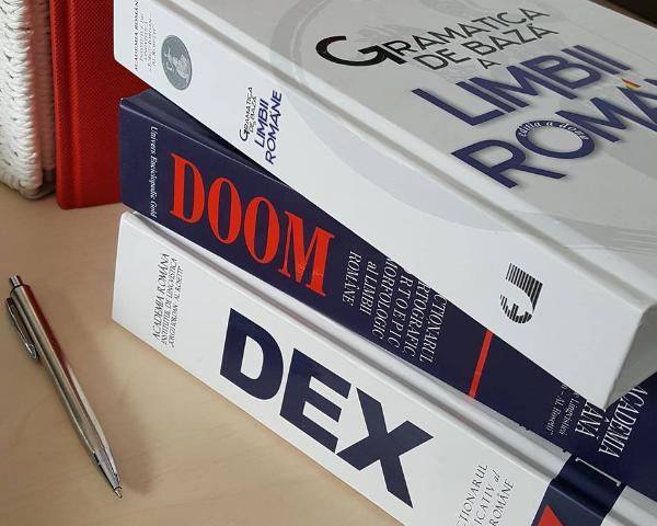 DEX-ul  un titlu necesar in biblioteca ta