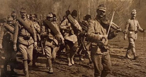 Elevii si profesorii au acum acces la Enciclopedia digitala Romania 1918, cu fotografii rare de pe front
