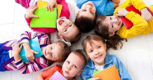 Fie scoala, fie vacanta, educatia copilului nu inceteaza. Dragi parinti, avem o surpriza pentru dvs.!