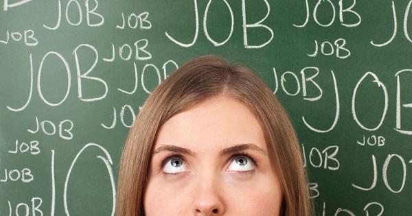 Locuri de munca pentru elevi si studenti pe perioada vacantei de vara. Firmele primesc stimulente daca ii angajeaza