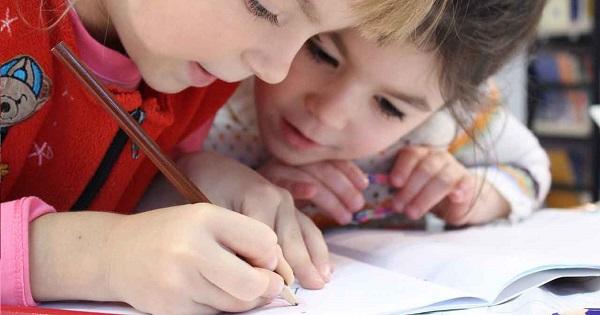 Copilul dvs. va fi as la Limba Engleza! Ati auzit de aceasta metoda de invatare revolutionara?