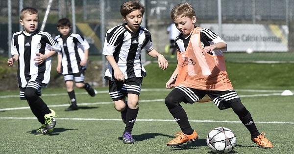 Premiera: Campioana Italiei, Juventus Torino, aduce o tabara de fotbal in Romania. Cum se pot inscrie copiii