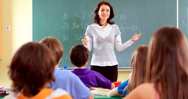 Ce isi doresc profesorii in prima zi de scoala din 2018? Rezultatele sondajului