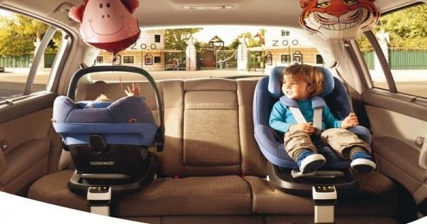 Scaunul auto potrivit pentru bebe si recomand?rile de la Nichiduta.ro