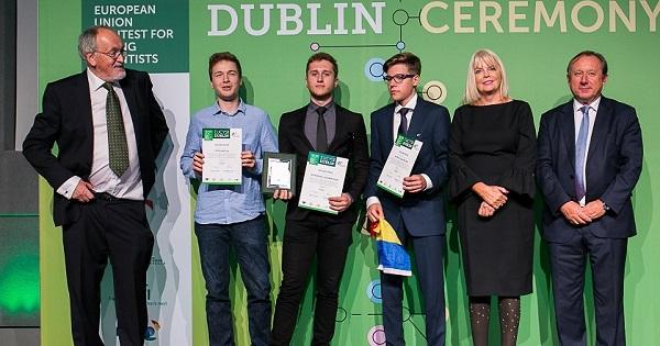 Trei elevi romani, printre cei mai talentati tineri cercetatori din UE. Ce proiecte au prezentat