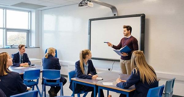 Programul CRED, niciun curs timp de un an. Ce se intampla cu programul de formare pentru profesori?