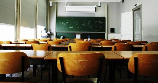 Inca 6 scoli s-au inchis din cauza COVID-19