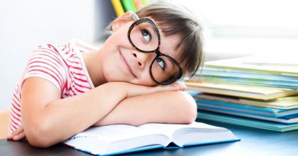 Inscrierea la clasa pregatitoare 2020 a inceput! Parintii au obligatia sa isi inscrie copiii care implinesc 6 ani pana sfarsitul lui august