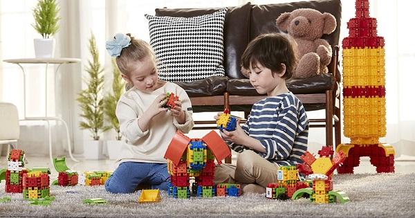 Jucarii educative pentru copii - ce cadouri cumparam de Sarbatori?