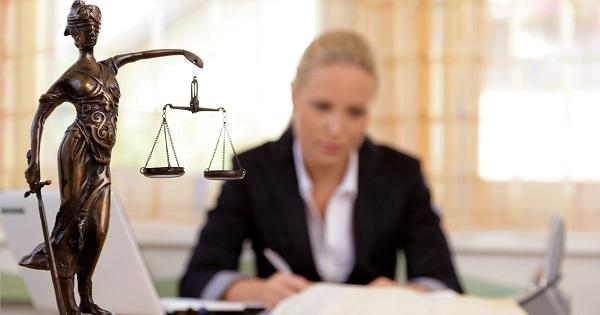 Admitere avocatura 2019. Au inceput inscrierile la examenul de primire in profesie. Conditii si acte necesare