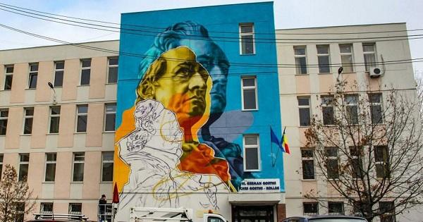 FOTO. Cinci scoli si licee din Bucuresti, pictate in cadrul proiectului