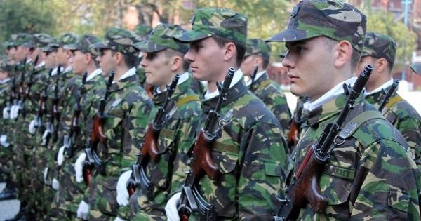 Au inceput inscrierile la scolile militare. Locuri disponibile, criterii de recrutare, salarii dupa absolvire