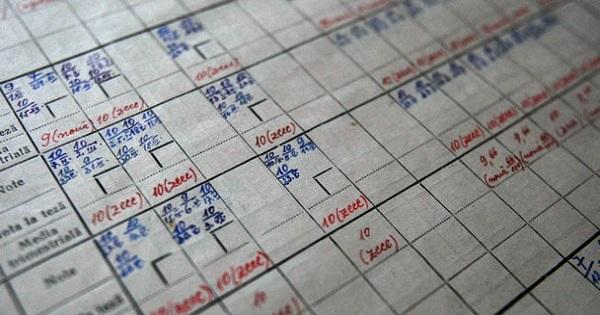 Dispare nota 4 din scoala? Noile idei de la Ministerul Invatamantului sunt in Planul de masuri pentru Educatie