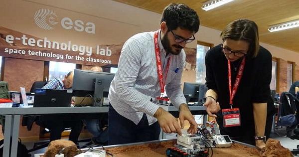 Workshop pentru profesori, organizat de Agentia Spatiala Europeana. Inscrierile au loc pana pe 1 septembrie