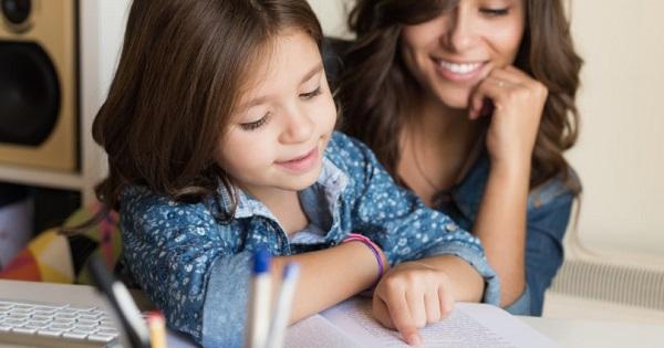 Cu sau fara cratima, copilul dvs. stie? Explicatii complete care pun bazele unei scrieri corecte