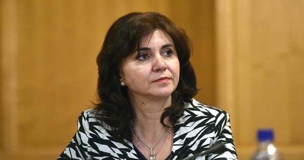 Se incheie controversa Anisie - invatatoare? Ministrul Educatiei isi cere scuze public: