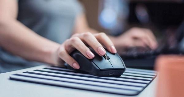 Atentionare de la Inspectorat: toti profesorii si elevii trebuie sa schimbe parola de acces la platformele online
