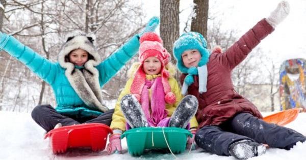 Comisia Europeana: vacanta de iarna se prelungeste, daca elevii revin in scoli
