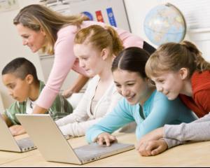 Judetul Sibiu a inregistrat cel mai scazut risc de abandon scolar din tara