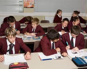 Alocatie mai mica pentru elevi, in functie de numarul absentelor nemotivate