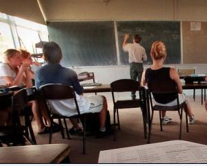 Mai putine locuri in universitati din cauza absenteismului la bac 2014