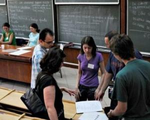 """Liceenii pot descoperi facultatea ideala prin programul """"Universitati de vara pentru elevi"""". Cum te poti inscrie"""