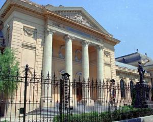"Admitere UMF ""Carol Davila"" 2014: cati candidati se intrec pe un loc la buget"