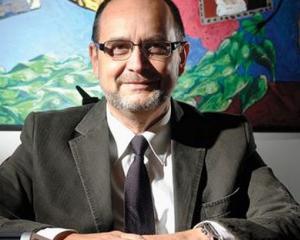 Cine este Adrian Curaj, propunerea premierului Ciolos la conducerea Ministerului Educatiei