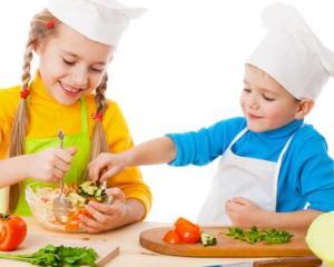Ziua Mondiala a Alimentatiei: cele mai indicate alimente pentru elevii isteti