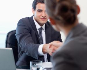 Modificari referitoare la ucenicia la locul de munca si la stagiul pentru absolventi
