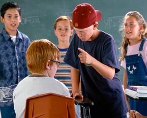 Ce inseamna fenomenul de bullying. Cum iti poti ajuta copilul