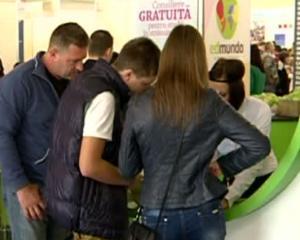 Burse sociale din bani europeni pentru 40.000 de studenti romani