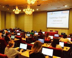 Elevii romani concureaza pentru finala competitiei de limba engleza Cangurul Lingvist